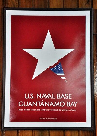 Carteles por la Paz en Guantánamo