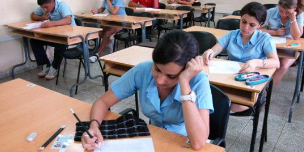 Se preparan estudiantes camagüeyanos para segunda convocatoria de exámenes a la Educación Superior
