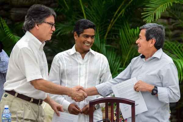 ELN ratifica disposición a continuar diálogo por la paz de Colombia