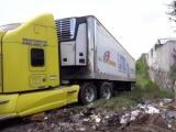 México: Aparece segundo camión con restos de personas