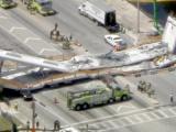 Colapsa puente en Miami dejando varios herinos