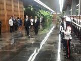 Recibe Presidente cubano al Primer Ministro de San Vicente y las Granadinas